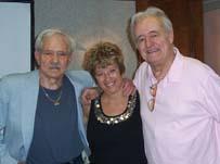 Fan Penny acompañada por Bob Hoy y Henry Darrow  durante la High Chaparral Reunion 2007.